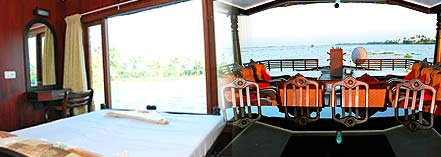 4 bed room houseboat